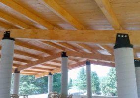 ristrutturazione porticato in legno